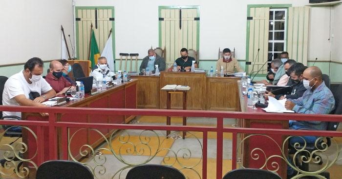 Projeto sobre ajuda de custo para transporte de estudantes é aprovado pela Câmara de Itapecerica